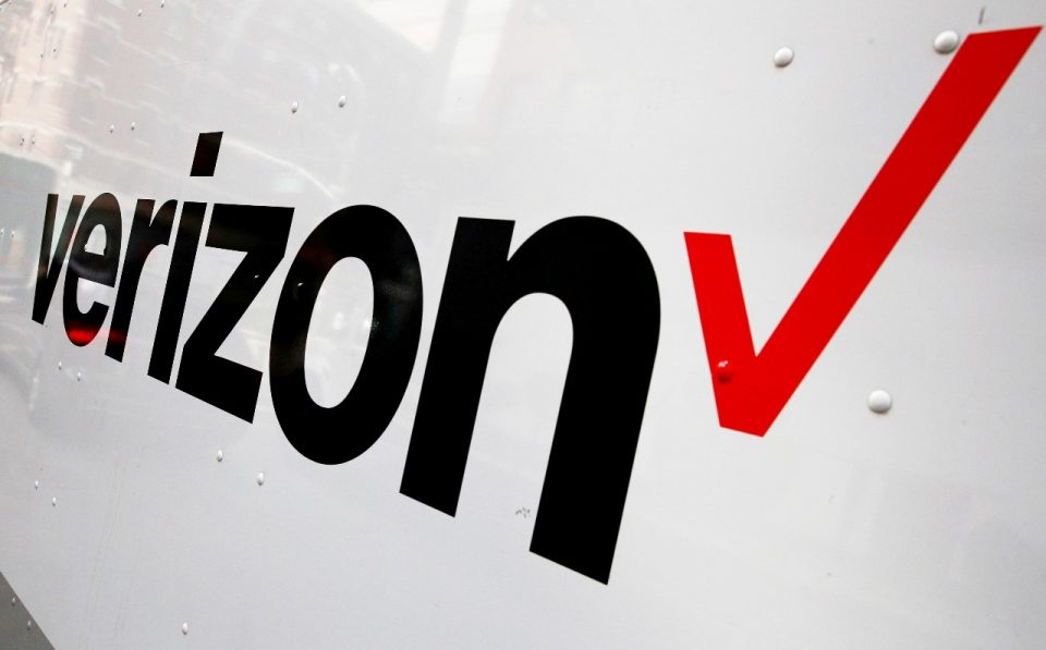 Verizon vende Yahoo y AOL